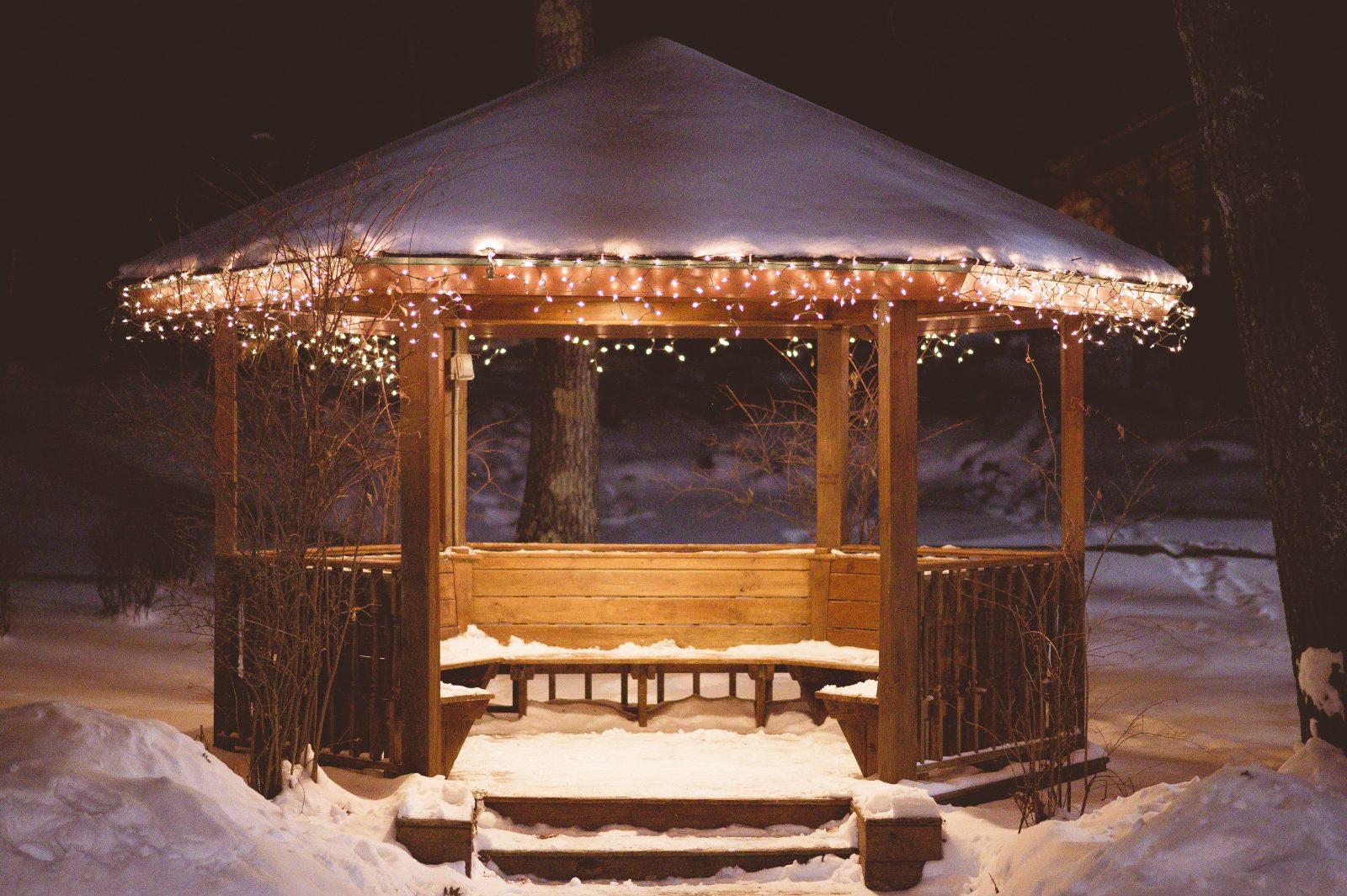 gazebo snow