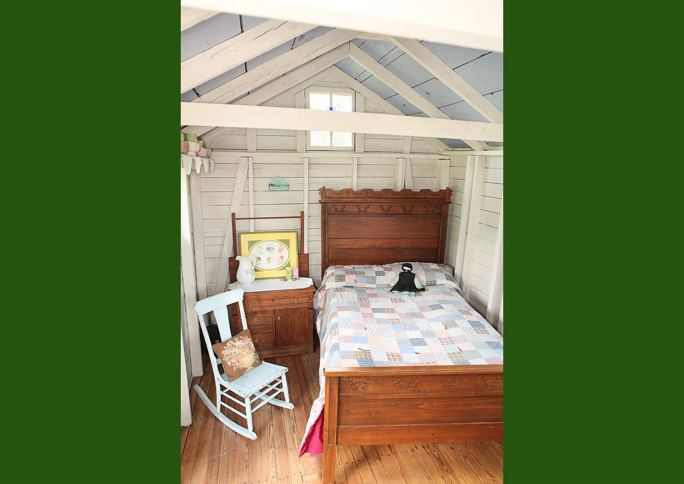 shed guest house 1